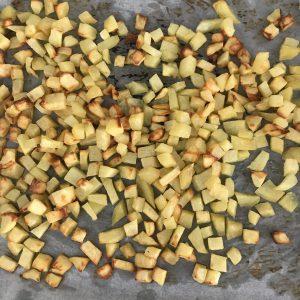 Pizza patate e salsiccia - Caffè Cannella