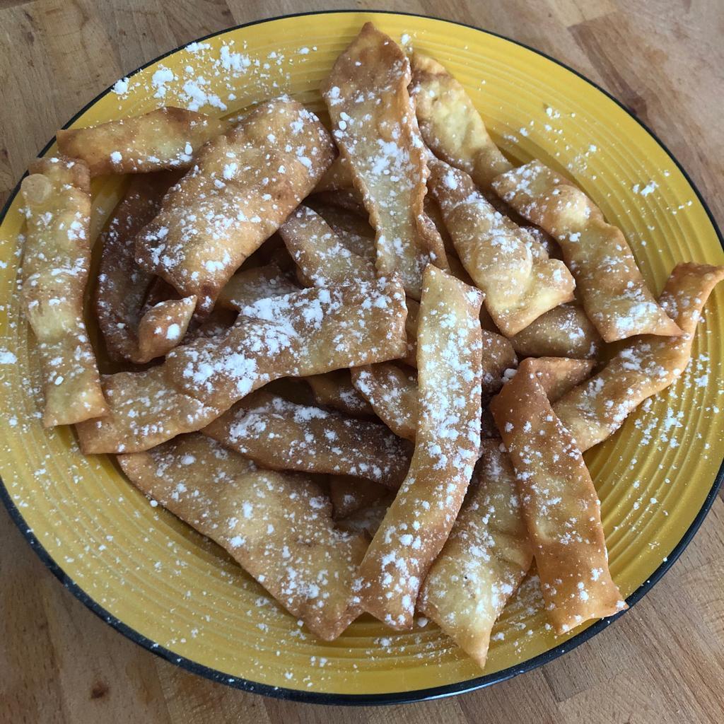 Chiacchiere fritte – ricetta Napoletana