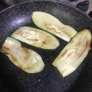 Parmigiana di melanzane in padella (3)